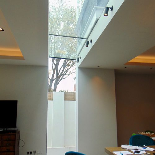 Vertical and horizontal glass - 1st Folding Sliding Doors